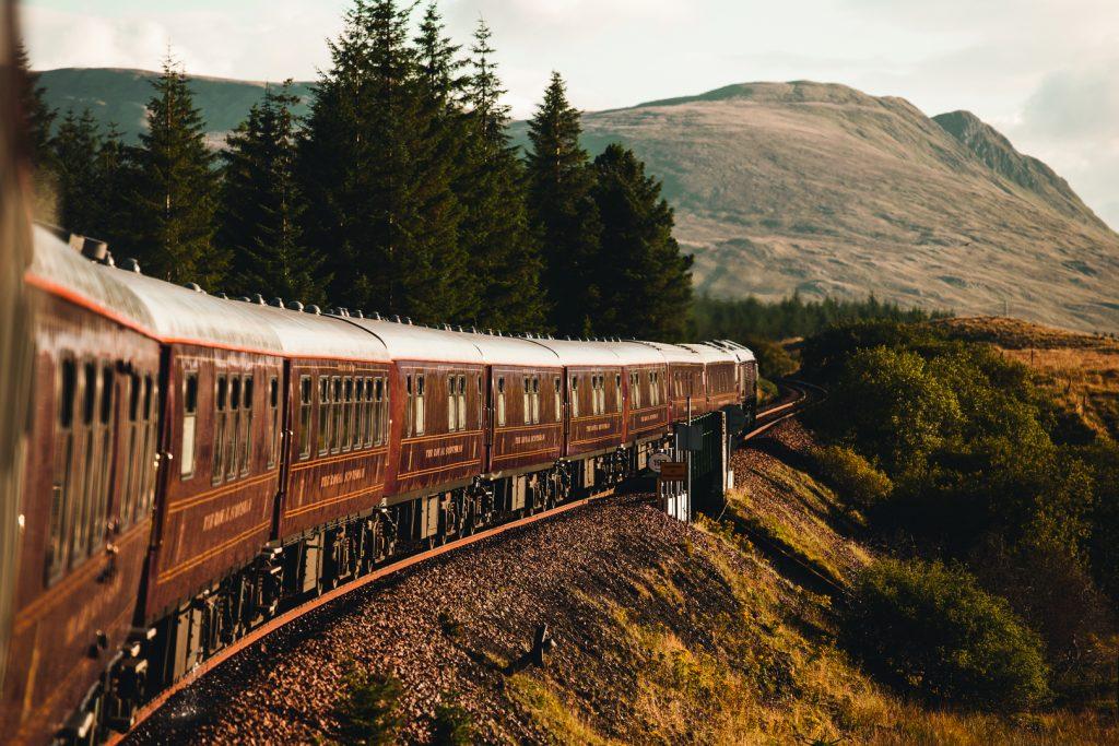 Belmond Royal Scotsman Western Scenic Wonders